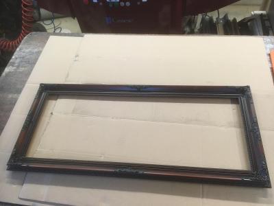 """X7. Rám dřevěný """"blondel"""" rozměr v polodrážce 805x305mm,šíře cca 40mm"""