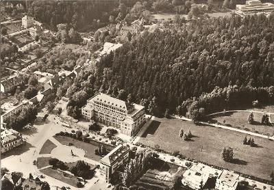 LUHAČOVICE - náměstí Rudé armády - pohled z letadla - Zlín