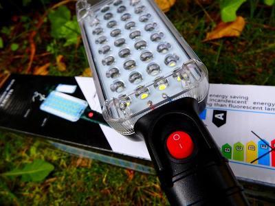 NOVÁ VELKÁ NABÍJECÍ LED LAMPA USB SE SILNÝM MAGNETEM