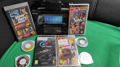 Sony Playstation Portable 1004 (Fat) + hry + náhradní díly
