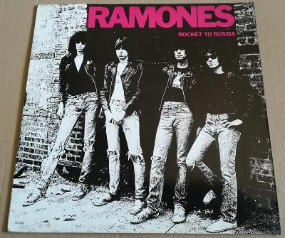 LP RAMONES-ROCKET TO RUSSIA/1977