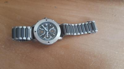 Pánské hodinky King Quartz Chronograph