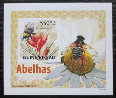 Guinea-Bissau 2009 Včely a květiny neperf DELUXE Mi# 4463 B Block 1400