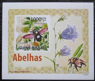 Guinea-Bissau 2009 Včely a květiny neperf DELUXE Mi# 4466 B Block 1400