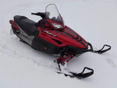 Sněžný skůtr Yamaha RX1 1000ccm 140HP, sklopný přívěs, radlice, díly