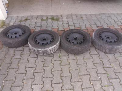 Plechové disky s pneu 185/60 R15