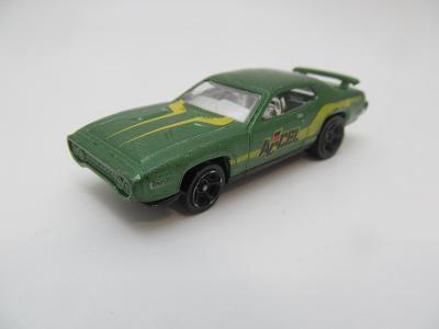 AUTÍČKO ANGLIČÁK Hot Wheels Chrysler LLC 2011