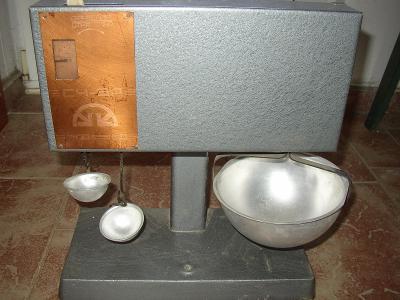 stará misková váha- Rusko
