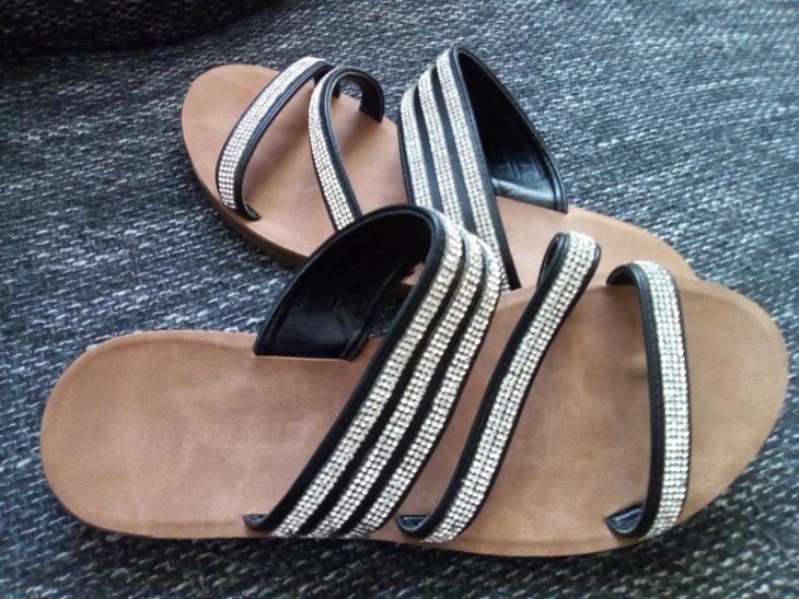 Dámské pantofle - Dámské boty
