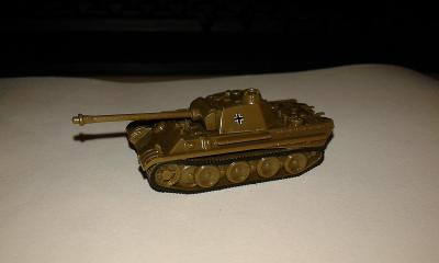 TT nemecky tank PANTHER - ctete popis