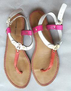TOMMY HILFIGER dámské kožené sandály boty velikost 28,5