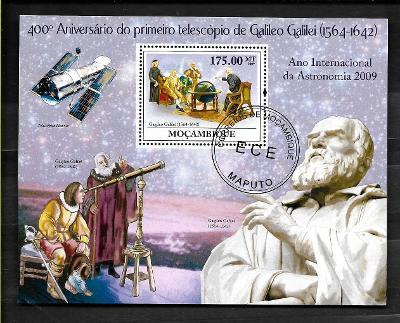 Mosambik 2009 - Galileo Galilei a jeho dalekohled, teleskop Hubble