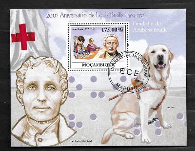 Mosambik 2009 - Louis Braille, slepecký pes