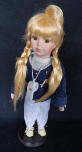 Krásná, porcelánová panenka na stojanu...(11945)