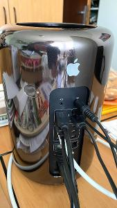 Apple Mac Pro Late 2013, Intel Xeon, AMD FirePro D300 2GB, SSD 500GB