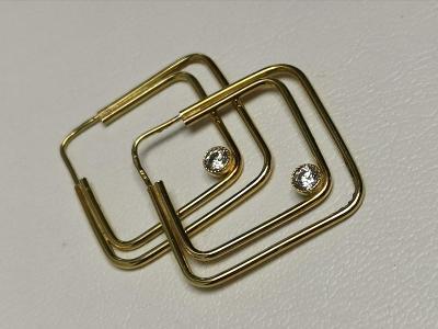 Zlaté naušnice čtvercové