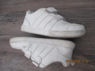 tenisky/boty