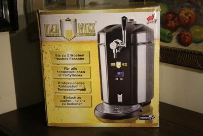 Výčepní zařízení s chlazením pro pivní soudky  -  BIER MAXX