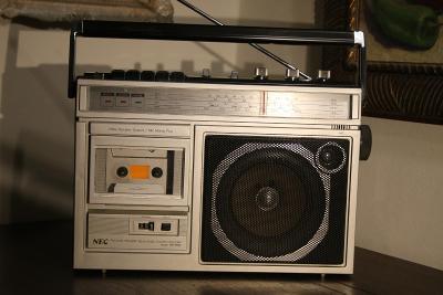 NEC - RM 360E - Radiomagnetofon