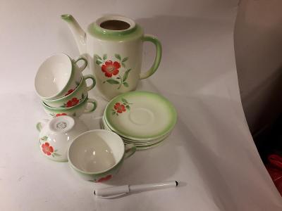 Čajový servis zelenobílý s kytkou