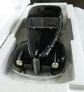 LaSalle Series 50 Coupe 1:18 BoS