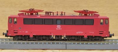 Tillig 500244, el.lokomotiva BR 142 255-9 DB AG, digitál