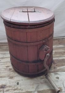 Stará, dřevěná pračka...(12166)