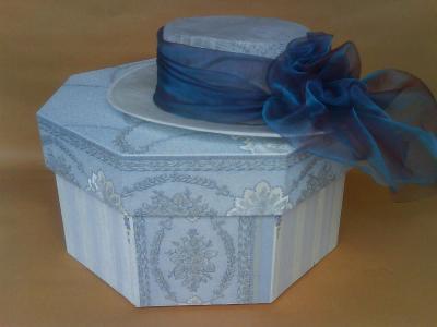 krabice na klobouk - ručně vyrobená