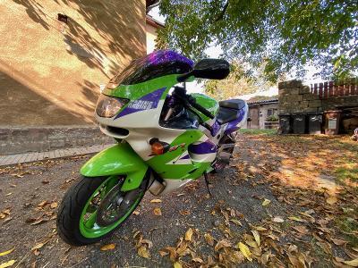 Motocykl supersport KAWASAKI ninja ZX-RR, top stav, 1996, RETRO