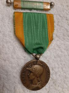 FRANCIE 1914-1918 Medaile Volontaires, vojenských dobrovolníků se stuž