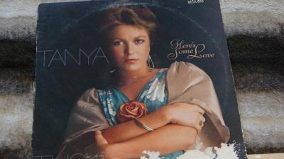 TANYA   Herés Some Love - LP