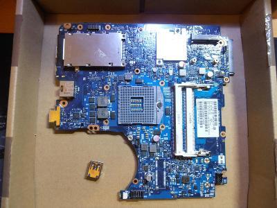 Nefunkční základní deska z HP ProBook 4430S 4330S