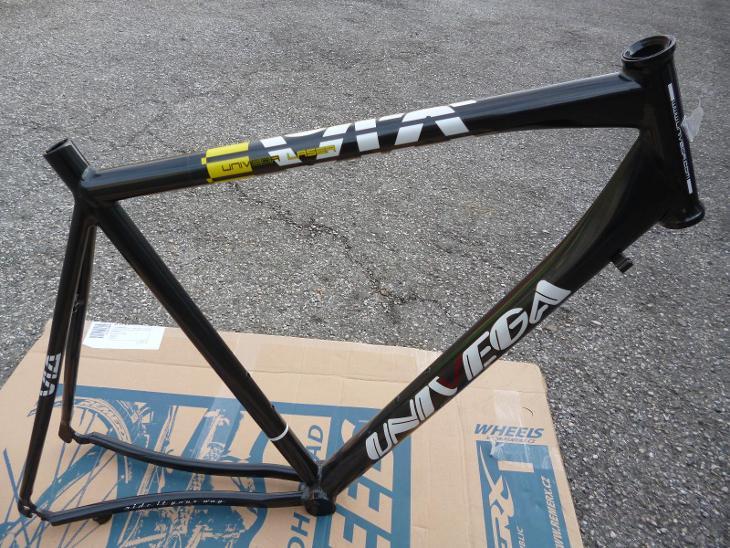Nový silniční rám na kolo UNIVEGA, vel. 60 cm, původní cena 5500,-Kč - Cyklistika