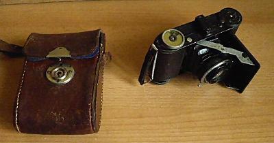 Starý měchový fotoaparát BLANDE pěkný stav