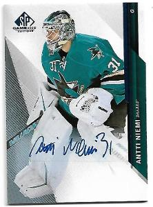 ANTTI NIEMI 2014-15 SP GAME USED AUTOGRAPHS BLUE