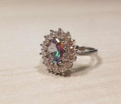 Stříbrný prsten 925 s topazem