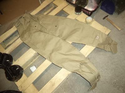 Kalhoty MOTO čsla ČESKOSLOVENSKO s laclem velikosti na výběr