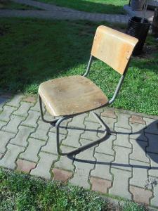 Funcionalistická židle