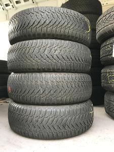 Goodyear Ultragrip 8 195/65 R15 91T 4Ks zimní pneumatiky