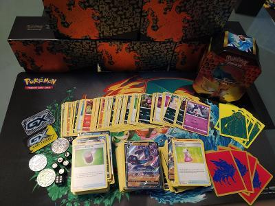 Pokemon MEGAMIX karet, přes 600 kusů, včetně V karet
