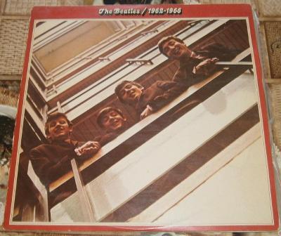 LP - The Beatles - 1962-1966 (2LP) (India 1973) (Červené dvojalbum)