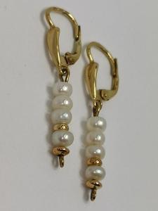 Zlaté visací naušnice s perličkami