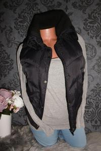 CaA teplá černá buřtíkatá dámská vesta nepromokavá 38 S