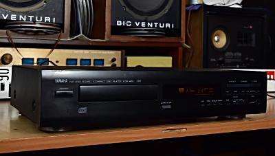 YAMAHA CDX-460 CD přehrávač Francie 1992 bez dálk. ovládání (177746)