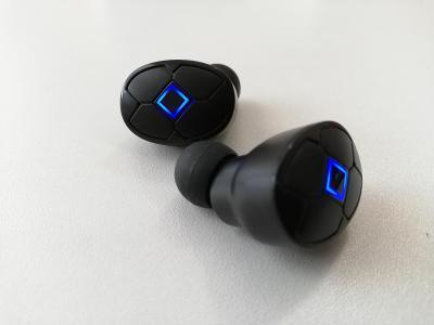 Bezdrátová sluchátka V5