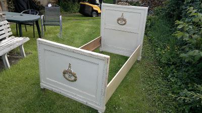 Dvě postele, styl Ludvík + dvě skříňky