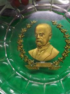 Starožítný krásný výroční  skleněný zlacený talíř T.G.Masaryk.