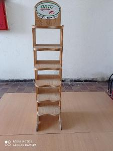 Stojan dřevěný
