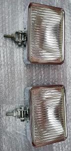 Nepoužité velké chromové přídavné světlomety uloženky