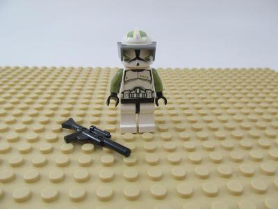 LEGO figurka Star Wars troopers Clone Trooper Sergeant